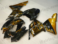 OEM quality fairings and body kits for 2004 2005 Kawasaki ZX10R with black and gold flame color scheme/graphics, these fairing kits are oem quality, fast shipping and easy installtion. More factory color-matched fairings for ZX10R 2004 2005, team race replica fairings and custom fairing sets for Kawasaki ZX10R 2004 2005, please browse iFairings.com.