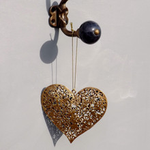 Gold Metal Filigree Daisy Pattern Hanging Heart