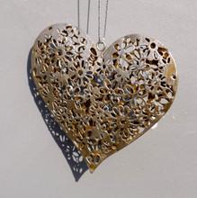 Silver Metal Filigree Daisy Pattern Hanging Heart