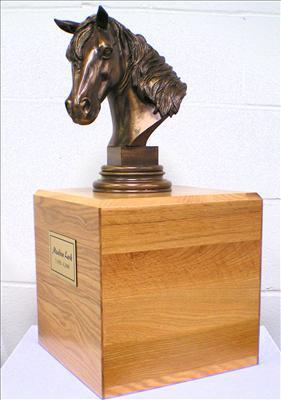 Horse Urn Full Size