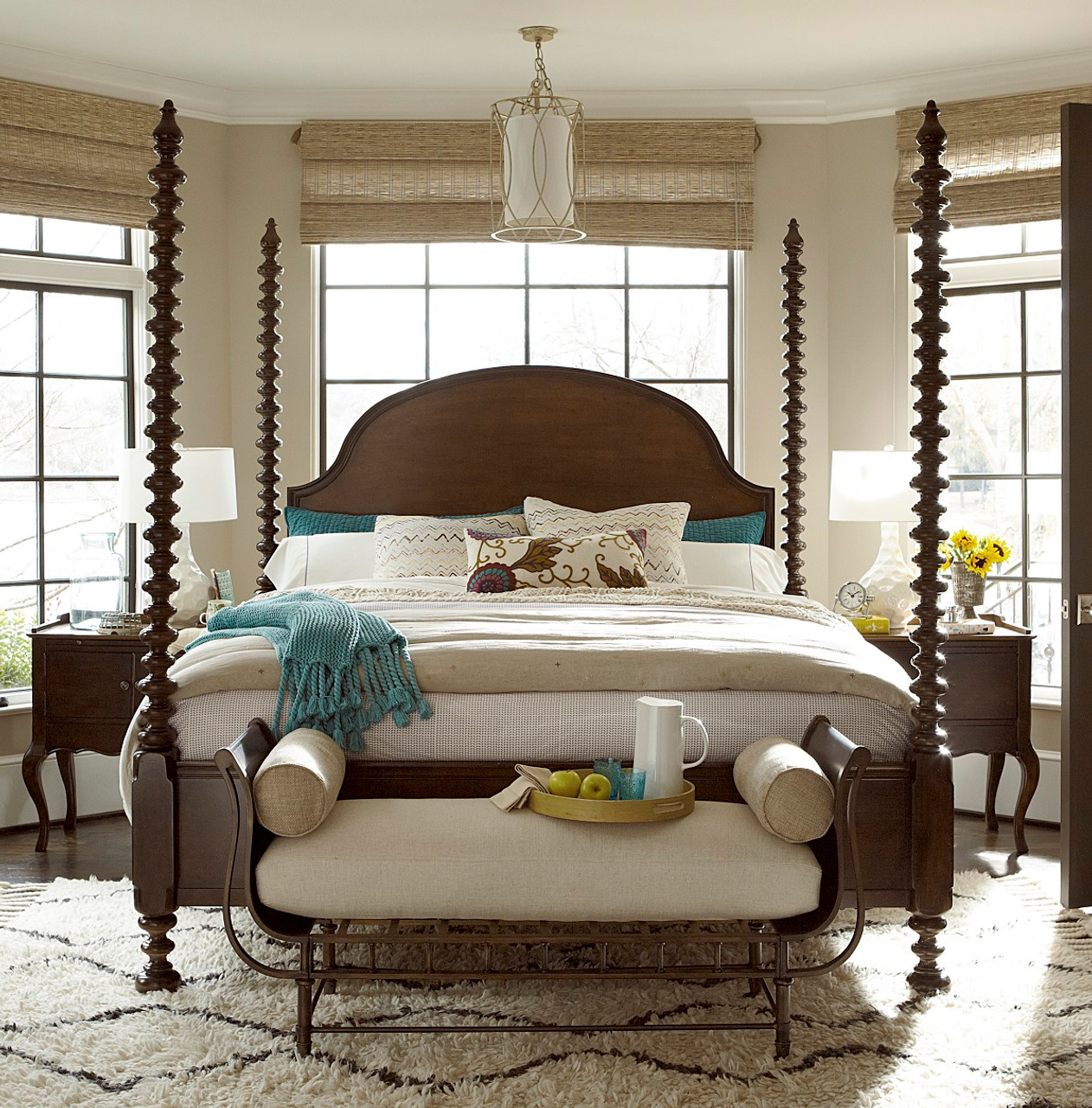 Sonoma four poster king bedroom set zin home for Annifern poster bedroom collection
