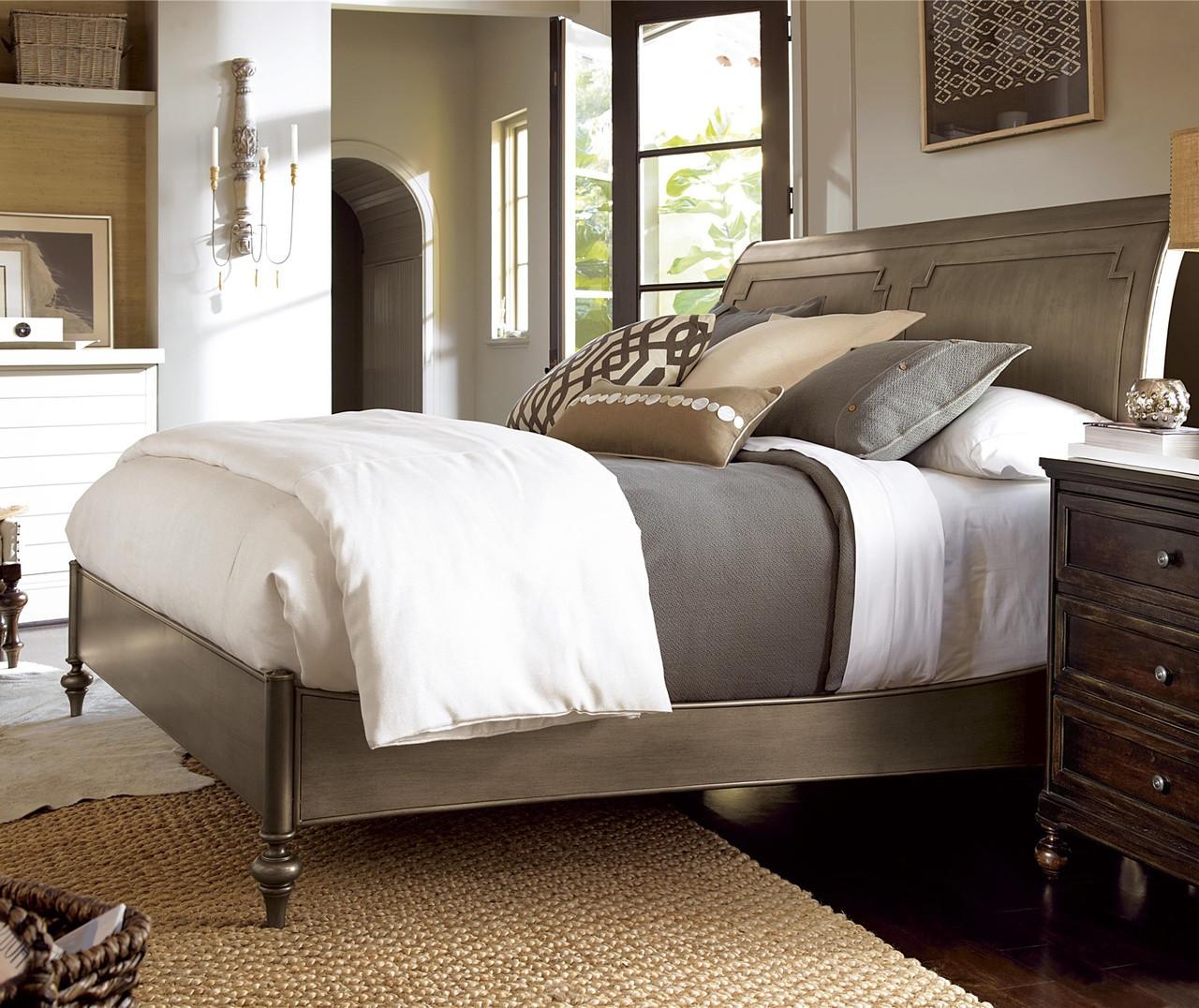 Bedroom set sleigh - Proximity Antiqued Iron Queen Sleigh Bedroom Set