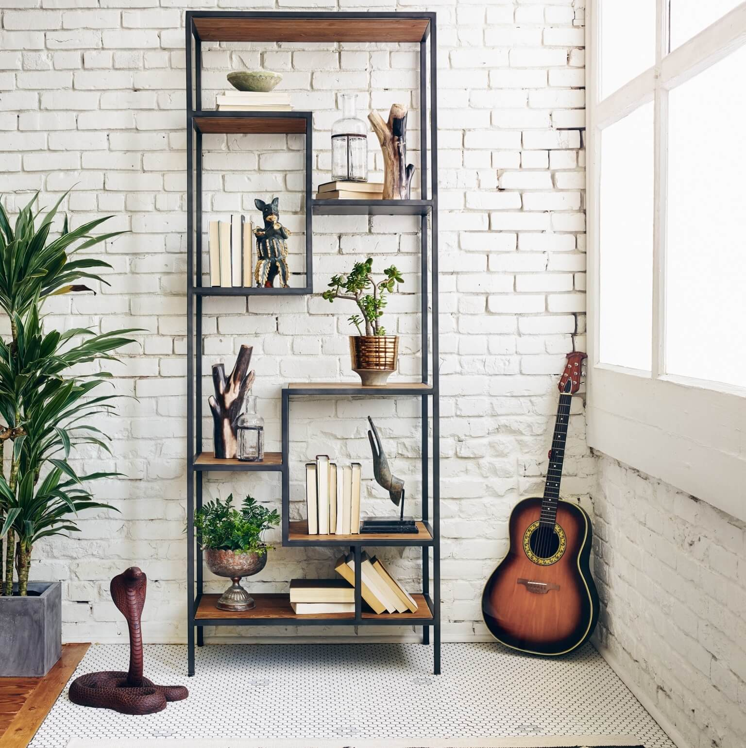 Guide to Find The Best Bookcase For Your Home