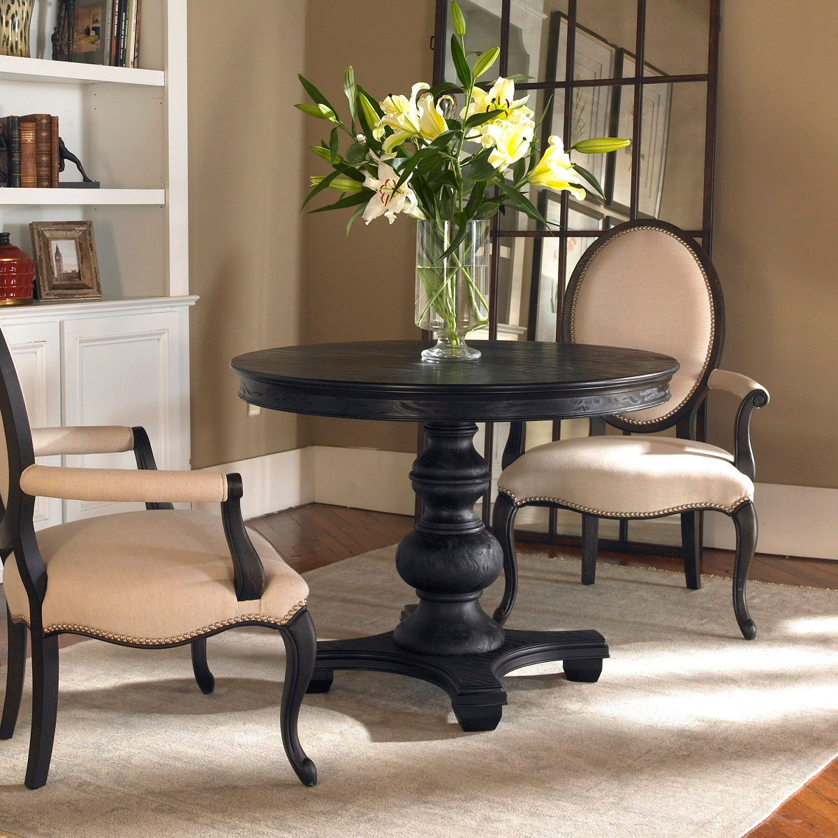 brynmore black round pedestal table 42"