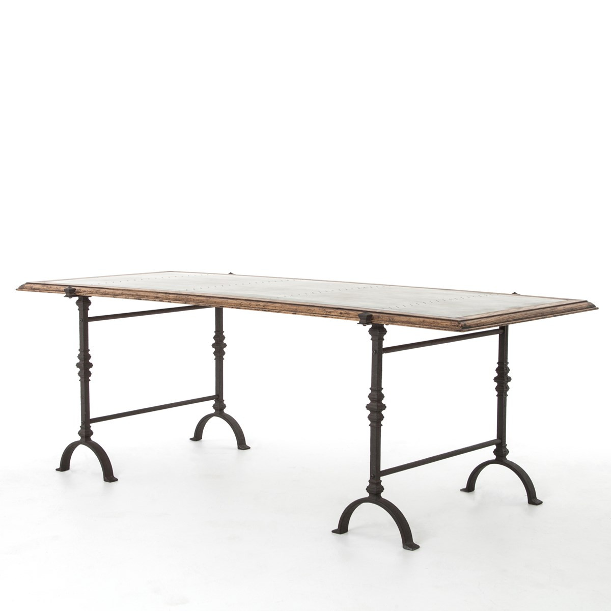 Galvanized iron rustic oak foundry dining table 87 for Table exterieur galvanise
