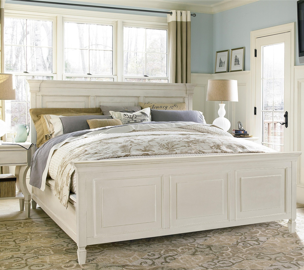 Country-Chic White King Panel Bed Frame