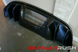 German Rush V10 Style Carbon Fiber Rear Diffuser w/ Fins for Audi R8 2009-12 (GR8CFRDFF0912)