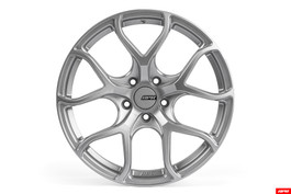 "APR A01 Flow Formed Wheel, 18x9.0"" ET40 5x112mm bolt pattern"