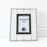 9.25x11x.5 wood photo frame wh/bk (4x6)