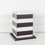 5x6.25x5 wd vase stnd (STRPS) wh/bk