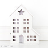 8.75x12x2 wd bldg w/lights (WRKSHP) wh