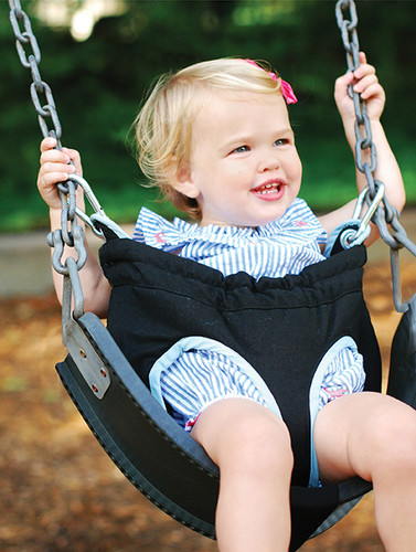 HoneyBee SwingEase Portable Baby & Toddler Swing