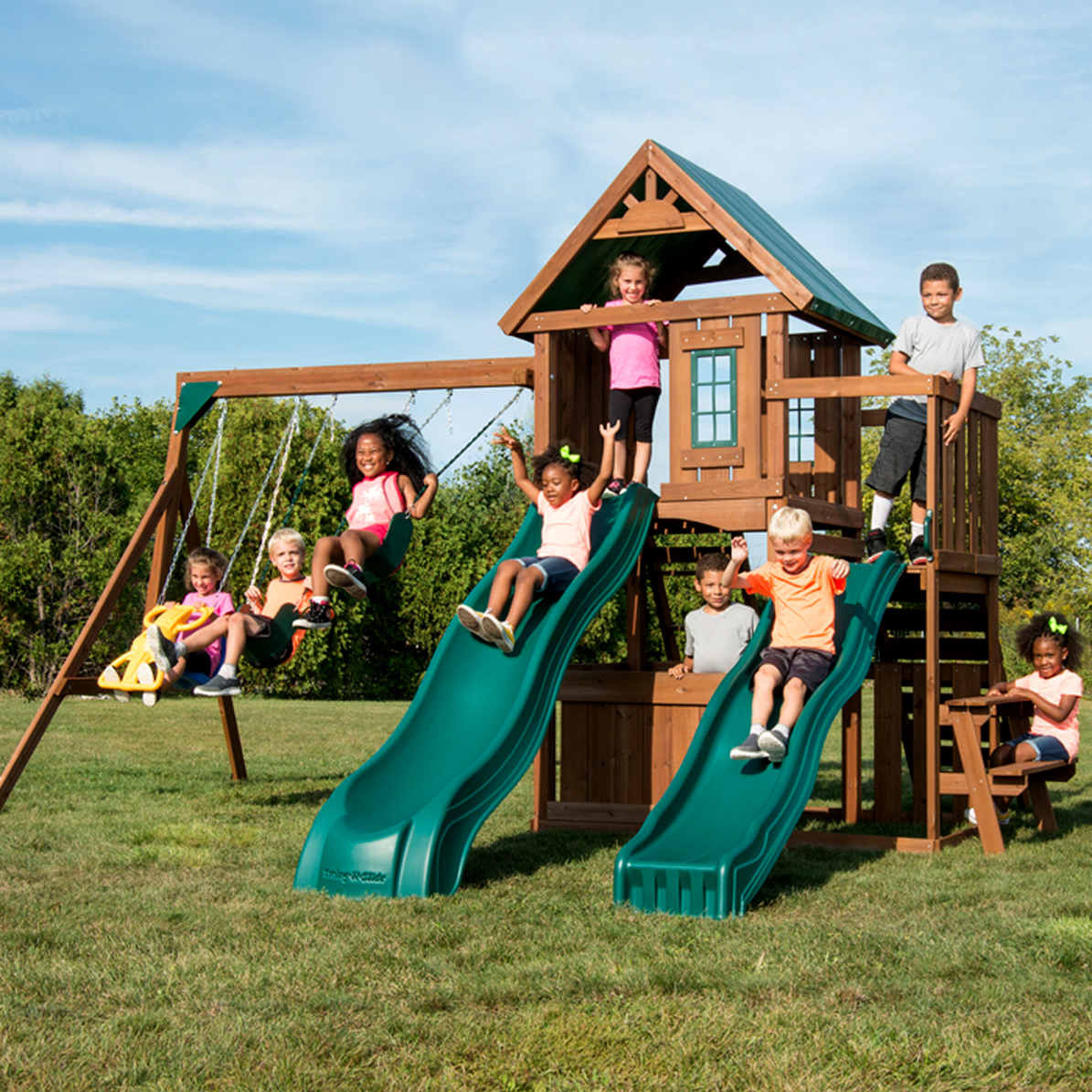 Willows Peak Deluxe Complete Swing Set (WS-8350) Children Playing
