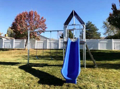 Playhouse Swing Set with 2 Swings (CP-PH20)