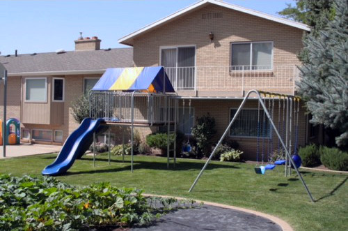 Supreme Clubhouse Swing Set (CP-CH45)