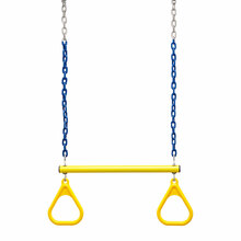 "Trapeze Bar and Triangle Rings with 3'6"" Plastisol Chain (C-172R)"