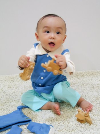 kaito-modelling-simon-suit-organic-baby-grow.jpg