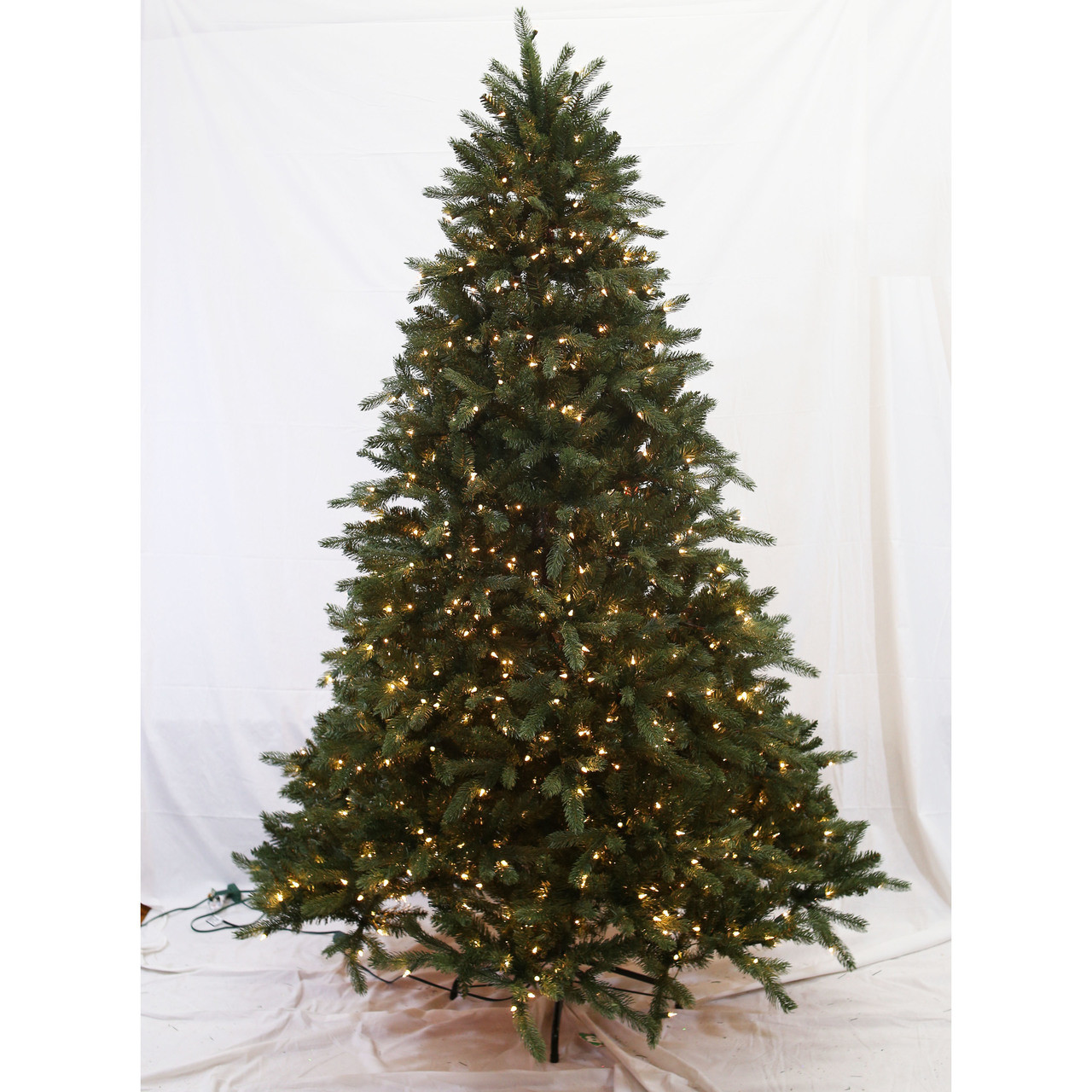 a9e40dae9492 7.5ft Pre-Lit  Real Feel  Grand Kensington Fir Tree in Clear - House ...
