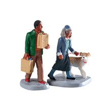 Lemax Village Collection Happy to Help, Set of 2 #92742