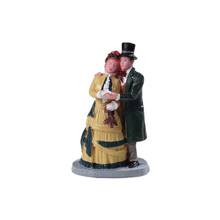Lemax Village Collection Dickens Couple #92772