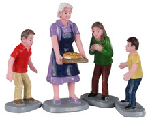 Lemax Village Collection Family Tradition, Set of 4 #02945