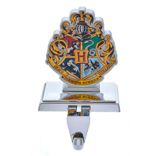 Celebrate your Harry Potter house with this Kurt Adler Stocking Holder! Featuring the Hogwarts Crest, this stocking is sure to be hung proudly by Harry Potter fans everywhere!