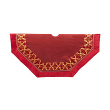 This 54-in burgundy patchwork tree skirt from Kurt Adler is a beautiful, festive way to complete the decoration of your Christmas tree. Its 54-in eight-sided design is burgundy in color and features a delicate gold patchwork border.