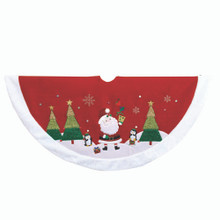 This 48-in Red, Green, and White Velvet Santa Applique Treeskirt from Kurt Adler is a fun and festive addition to your holiday decoration. It features a metallic Santa applique with penguins and Christmas trees, metallic embroidery and a white faux fur trim. This is a perfect way to decorate your Christmas tree!