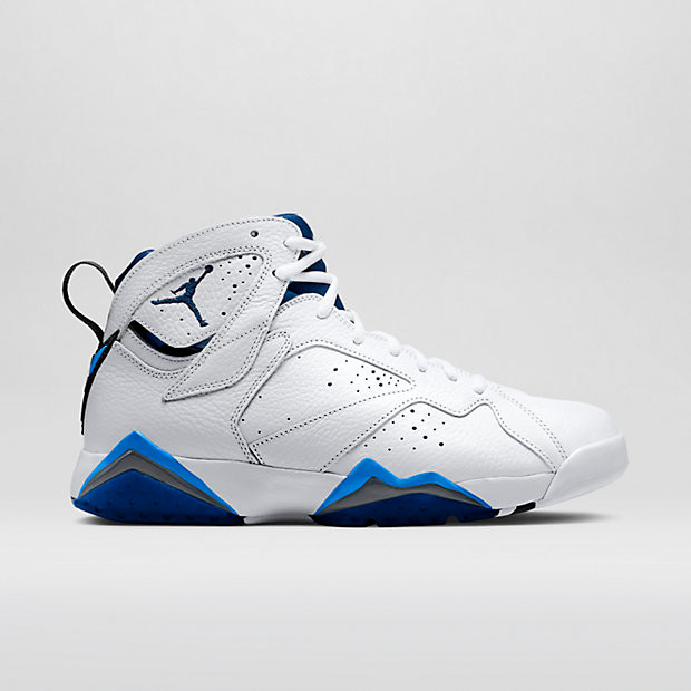 d2a38d54e6e4 Nike Air Jordan 7 Remastered - French Blue  304775-107. Image 1. Loading  zoom