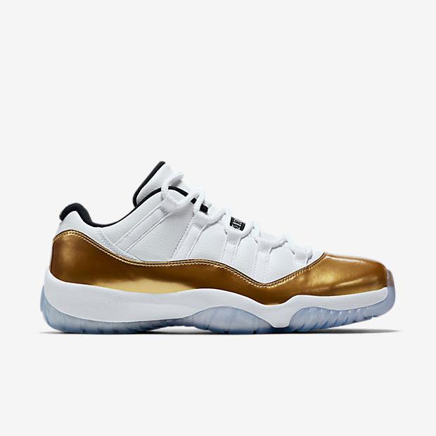 7edf4c332490 Nike Air Jordan 11 Low - Closing Ceremony  528895-103. Image 1. Loading zoom