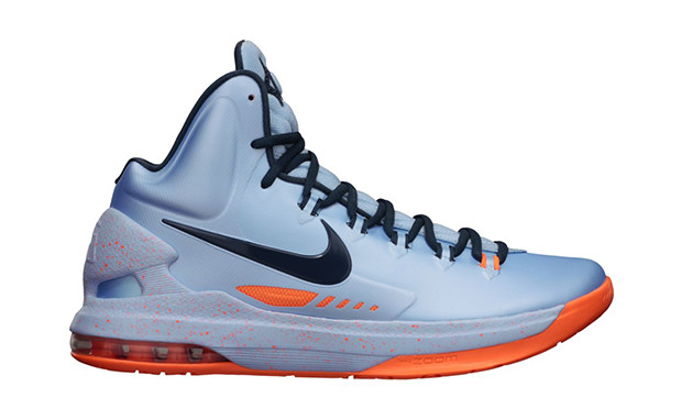 fda3389a6e9b Nike KD V - Ice Blue  554988-400. Image 1. Loading zoom