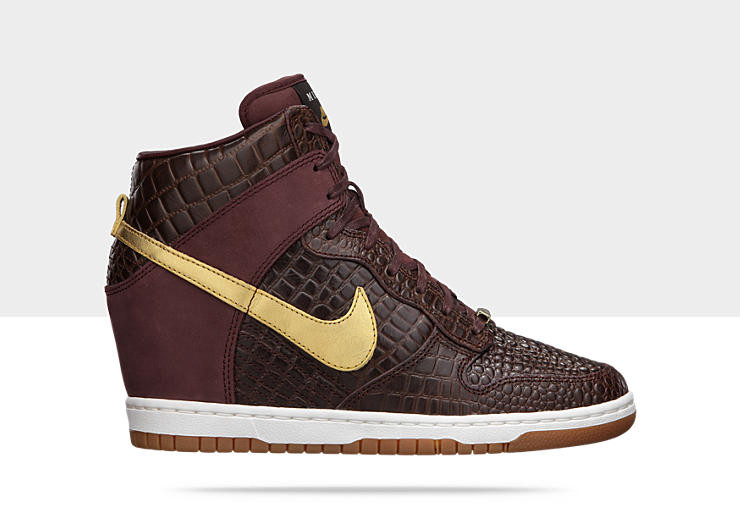 100% authentic 075ec 71be9 Nike Dunk Sky Hi City Pack - Milan  598216-200. Image 1. Loading zoom