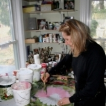 carole-in-her-studio-painting-218.jpg