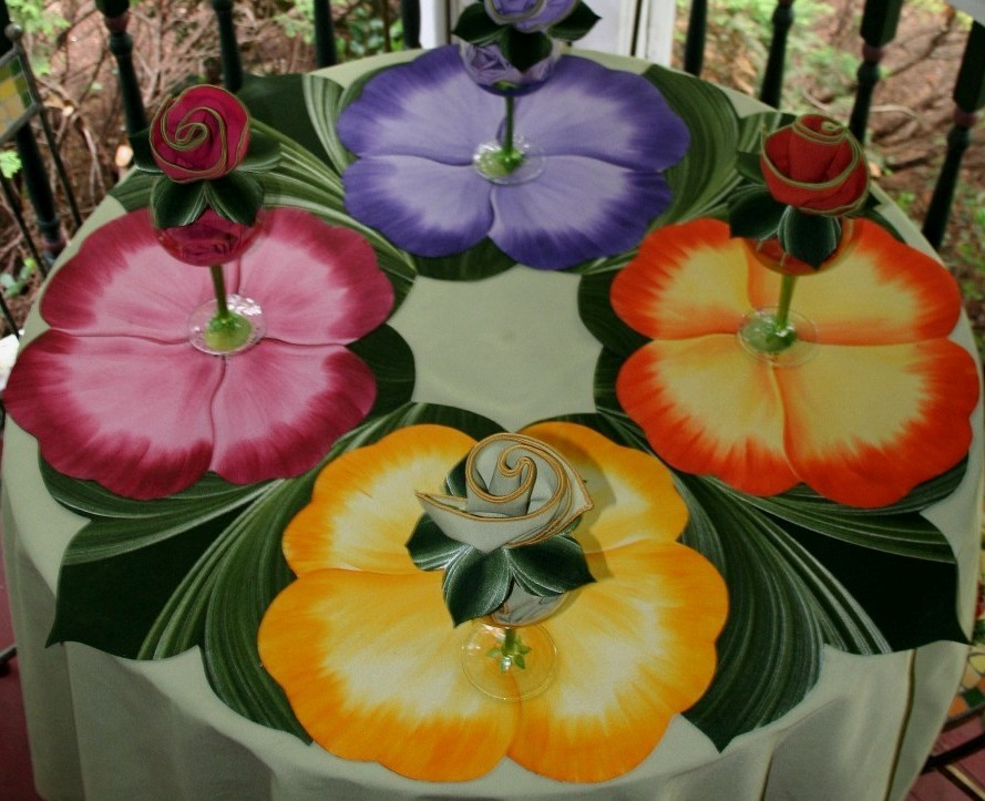 pansy-table-category-lifestyle.jpg
