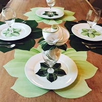 Interlocking Leaf Placemats