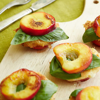 Basil & Nectarine Fragrance Oil