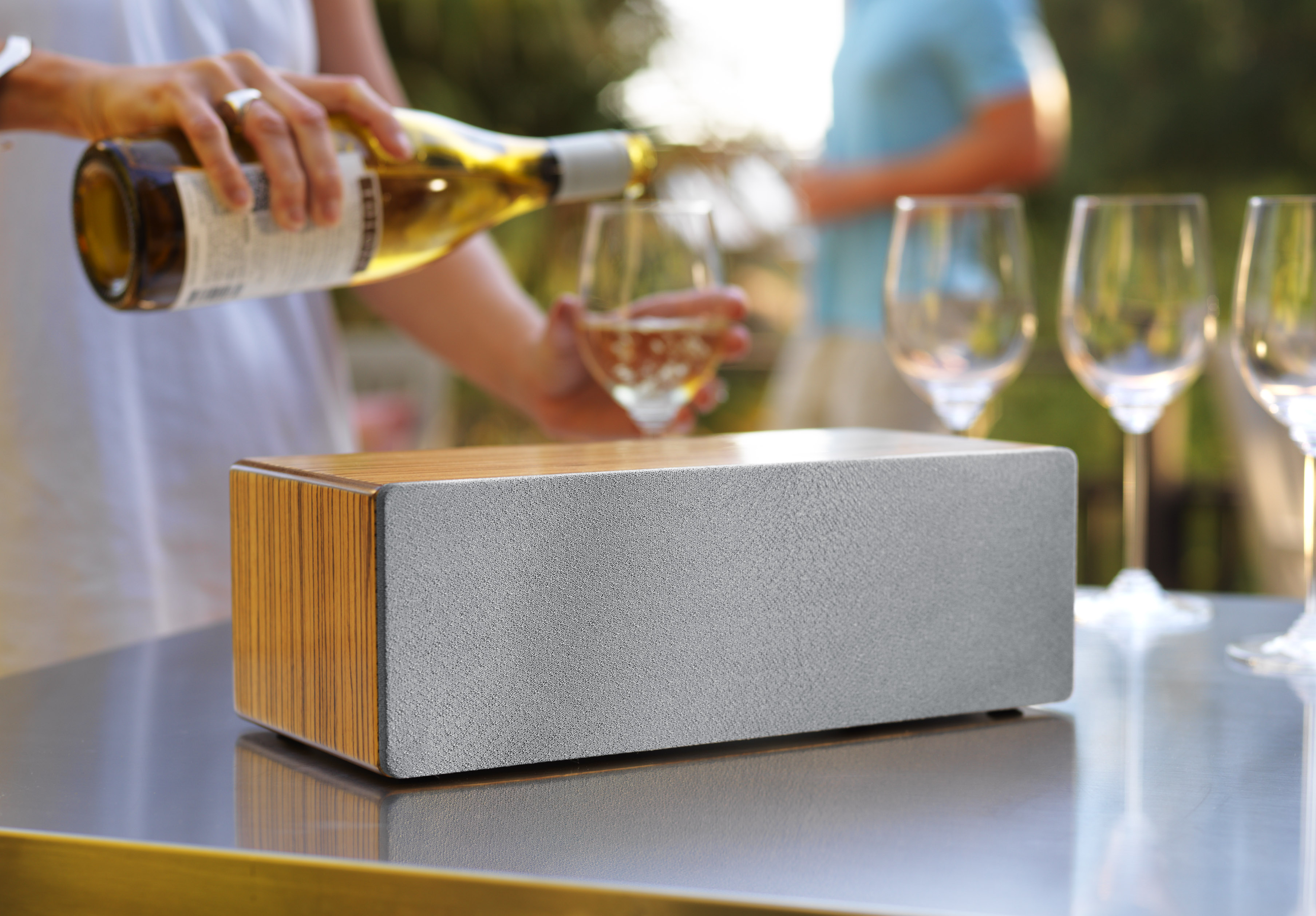 Audioengine Introduces New B2 Premium Bluetooth Speakers Wired