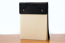 Large Notepad Black Bridle with Black Gator