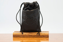 Petite Pouch Black Regal