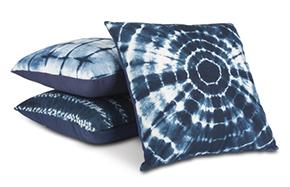 Accent Pillows & Throws