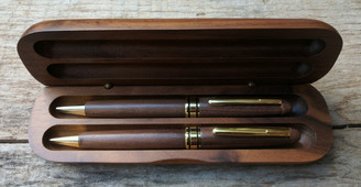 Walnut Pen and Pencil set with Case