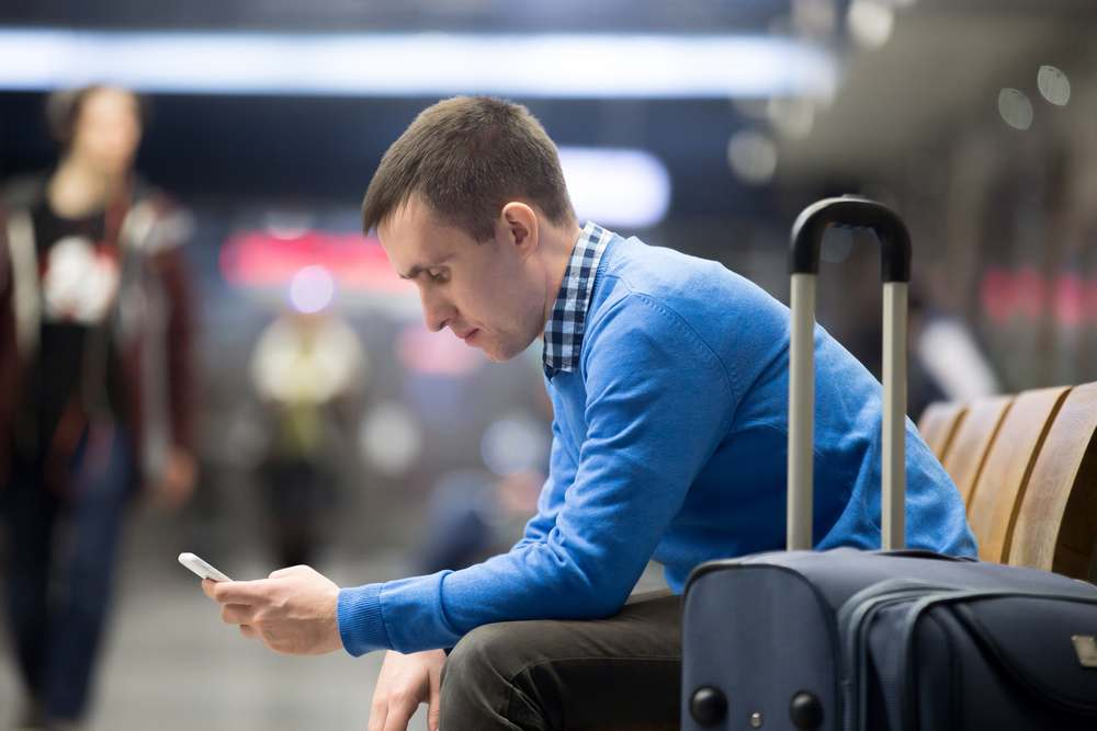 Benefits of installing cell phone signal boosters in Airport terminals