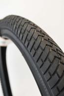CST Tire | 1.95