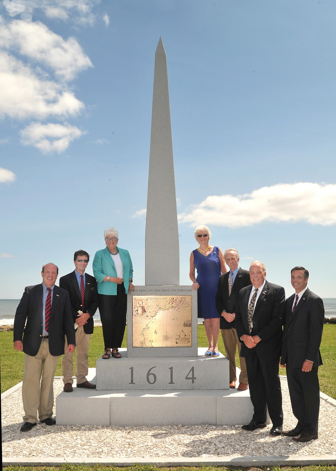 1614-monument-elected-officials-and-commissioners-photo.jpg