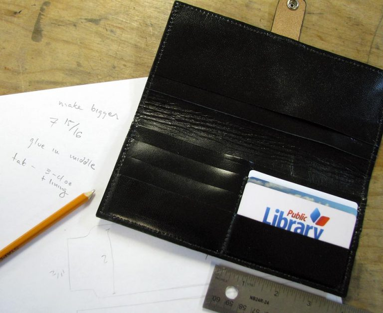 My first wallet, with ideas for improvement