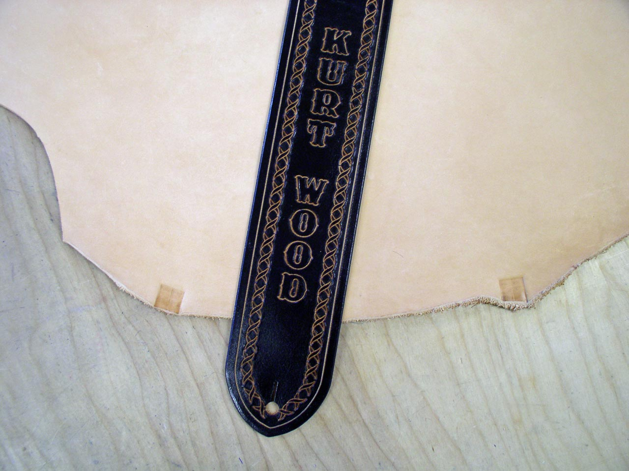Finished custom guitar strap