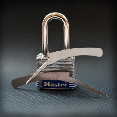 Master Switch - An Effective Master Padlock Bypass Tool from