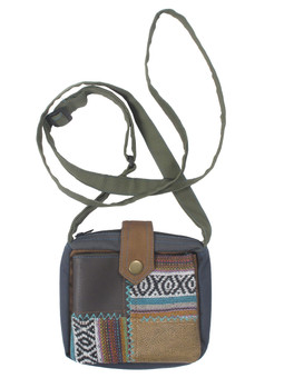 G4123 Mixed Patch Square Pouch Purse