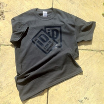 iD2 black on Black tee