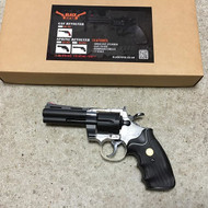 Blackviper Sprig Revolver with Mid Size Barrel in Clear